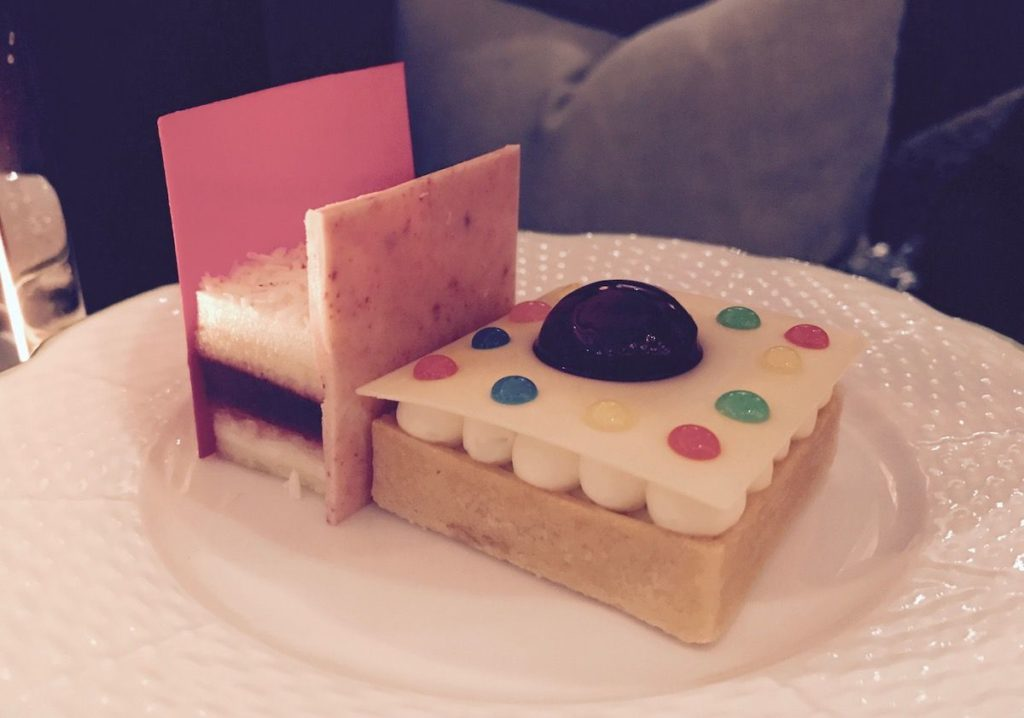 Rosewood-Pastries-Rothko